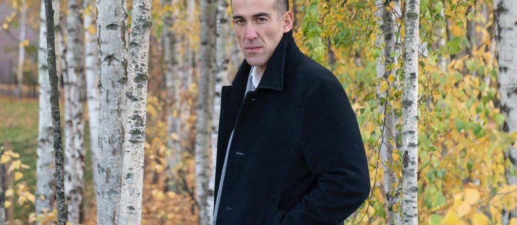 Nova entrevista: «Sou escritor e não escritor de thrillers.»