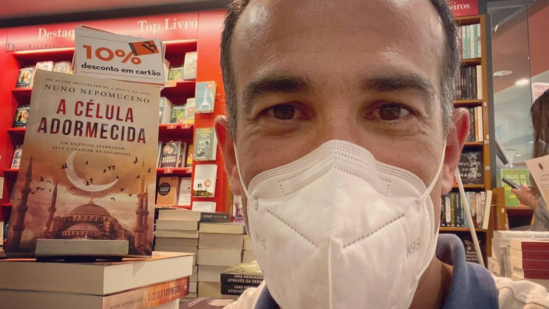 A Célula Adormecida nas livrarias