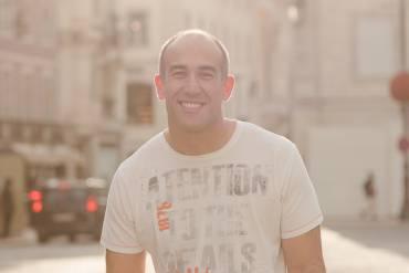 Entrevista Sapo Lifestyle: «Não vejo o panorama literário português com otimismo»