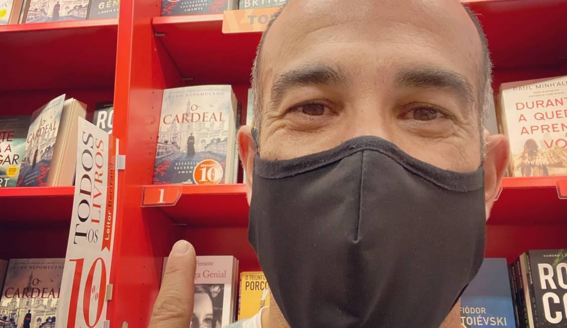 O Cardeal – líder nacional nas livrarias Bertrand.